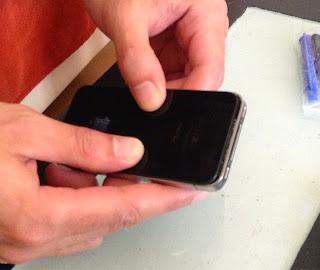 como abrir el Iphone 4