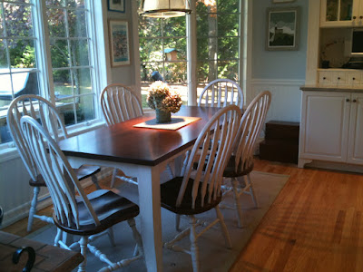 Pennsylvania Shaker Table and Missouri Dining Chairs