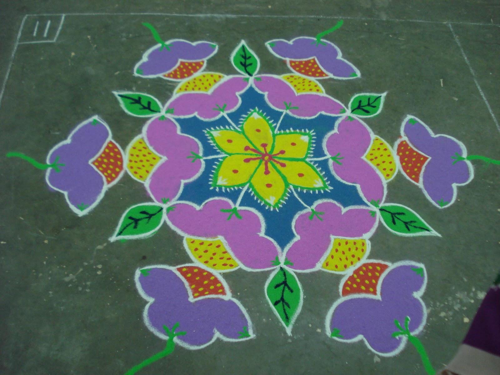 Floraldelight: 13-7 interlaced dot rangoli