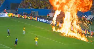 Imagens Escondidas Da TV Mostram O Que Os Craques Realmente Fizeram No Campeonato Do Mundo 2014!!!!!