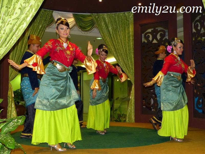 Seloka Hari Raya Dance