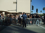 do crowds of people really stand at the WB gates just for a glimpse of stars being driven in and out?