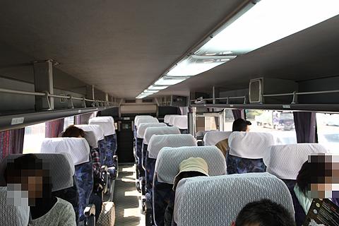 JR九州バス「福岡山口ライナー」 744-2952 2階車内