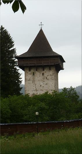 Torre defensiva (Mănăstirea Humorului)