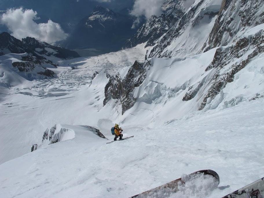 Un tranquillo weekend di paura - parete Sud del Monte Bianco 411201_375213115868737_100001401550381_78565431_82544789_o