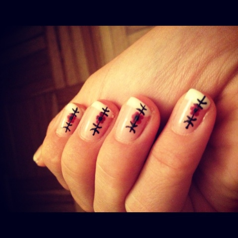 Melissa 39 s nails nail art avec french manucure - Nail art discret ...