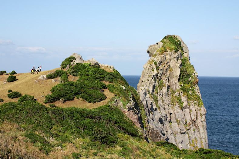 巨大な猿岩