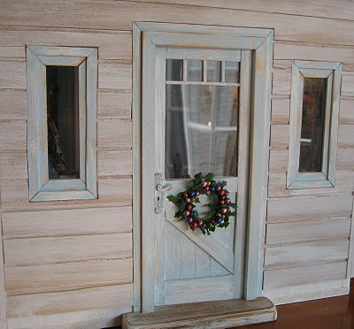 Some Of Our Favourite Shabby Doorways!