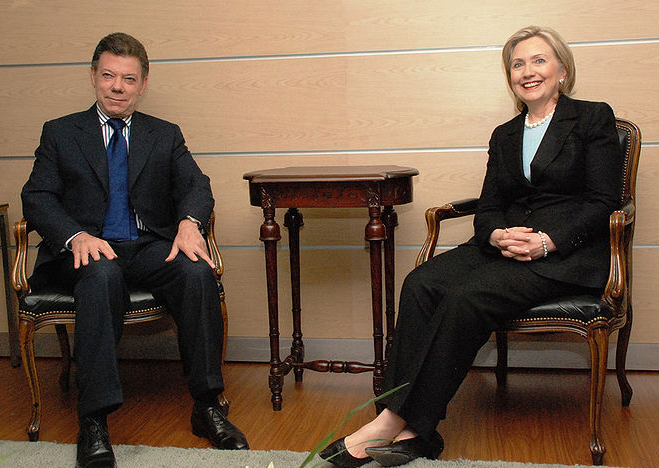 Colombian President Santos and U.S. Secretary of State Hillary Rodham Clinton