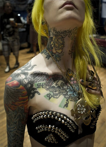 girls neck tattoo images