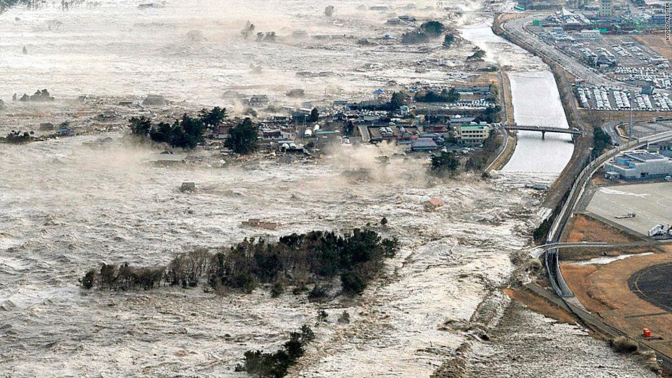 8 9 magnitude japan earthquake tsunami devastation and