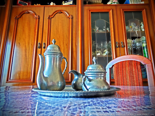 HDR Tea set