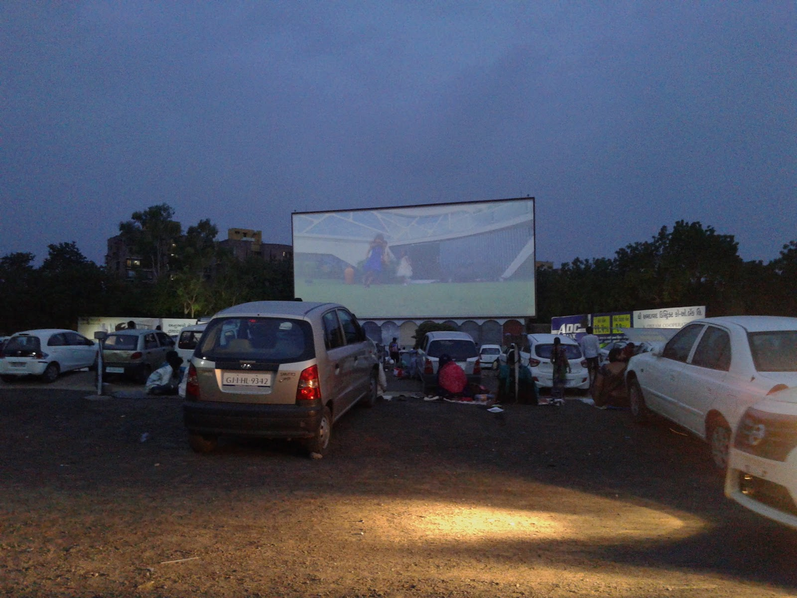 Sunset Drive-In Cinema