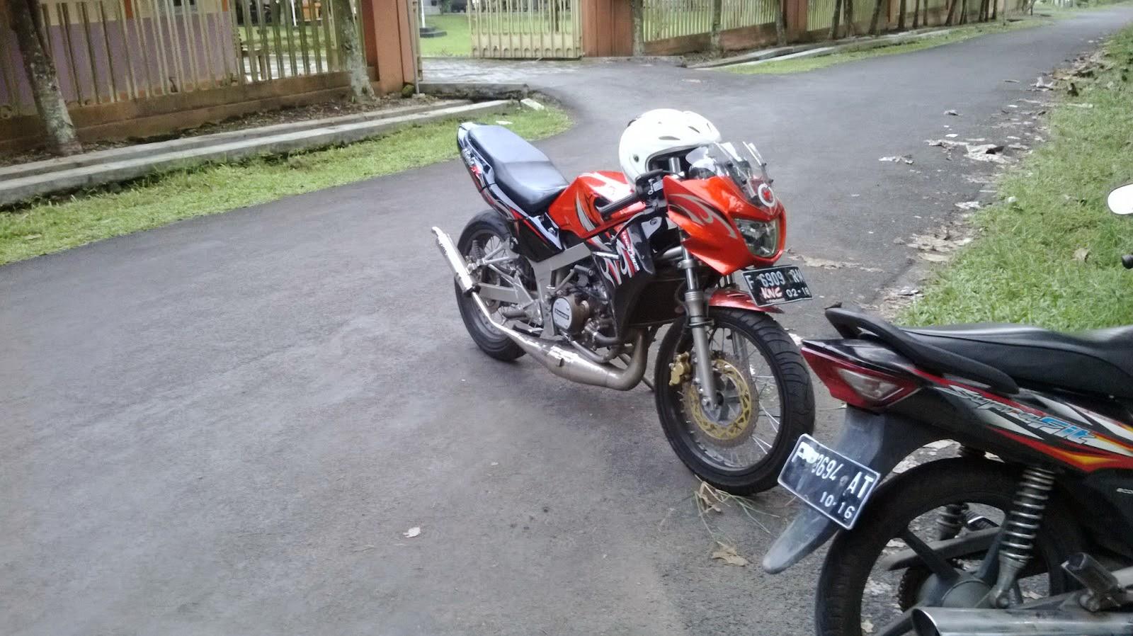 Street Motorcycle: July 2014