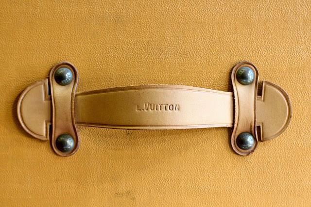 Louis Vuitton Cabinet d'Ecriture Paris