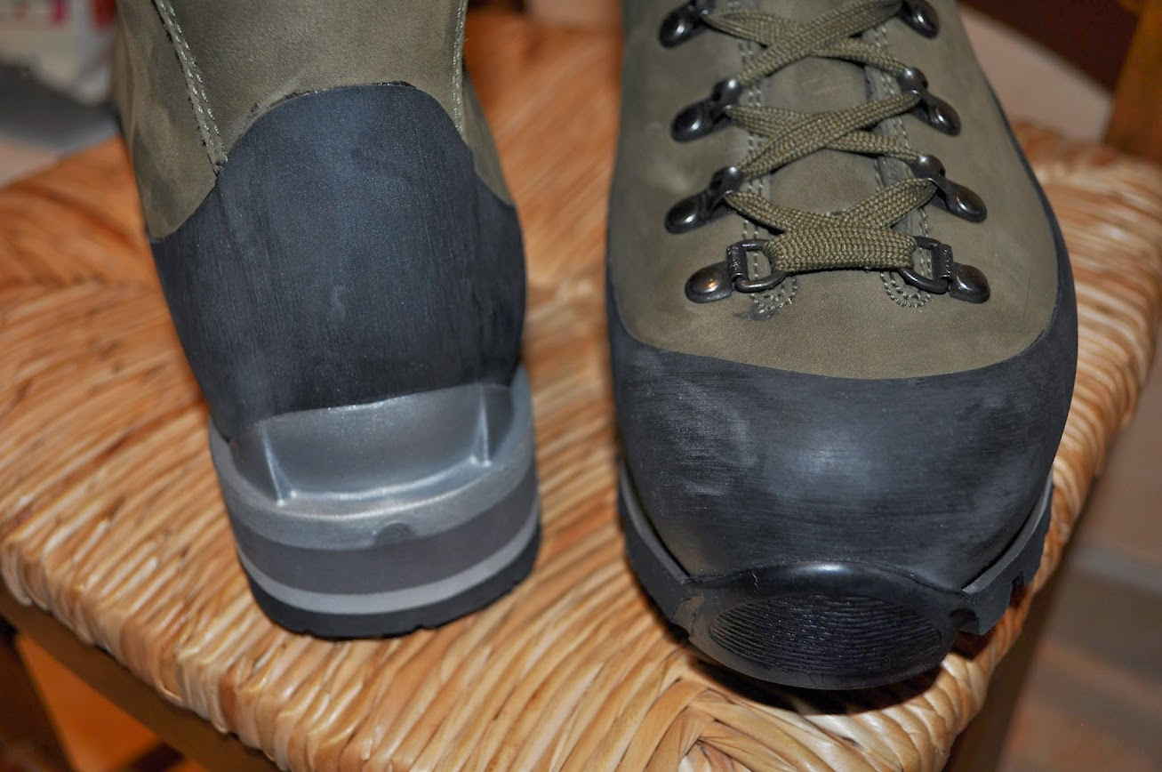 30ee0322c2f6ab chaussures asolo militaire