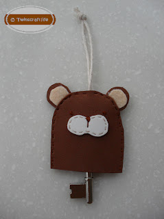 https://lh5.googleusercontent.com/-1J5axKfePok/TW461UtBEsI/AAAAAAAAAVk/yiJ3wP2ph2o/s1600/K003-+Bear+form+Key+Manager+%2528c%2529.bmp