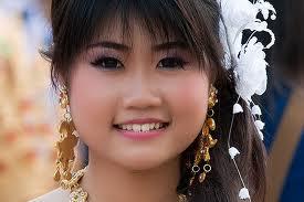 Thai Women Do Online Dating Image