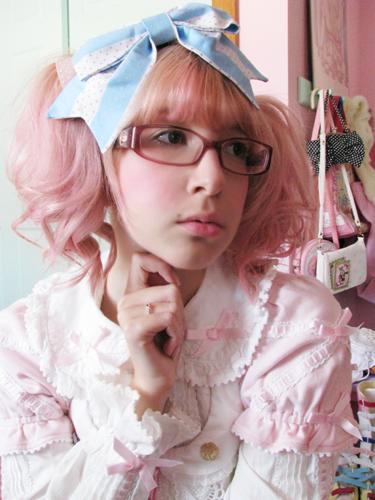 pretty pink eye makeup. Pretty simple makeup for