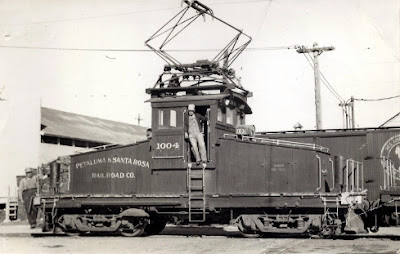 6858 - Freight motor 1004 of the P&SR Railroad.  These motors were used heavily during the fruit harvest season in Sonoma County.  The Overnight Freight Express ran refrigerator cars that  carried apples and berries to Petaluma and on to San Francisco via steamer ships.