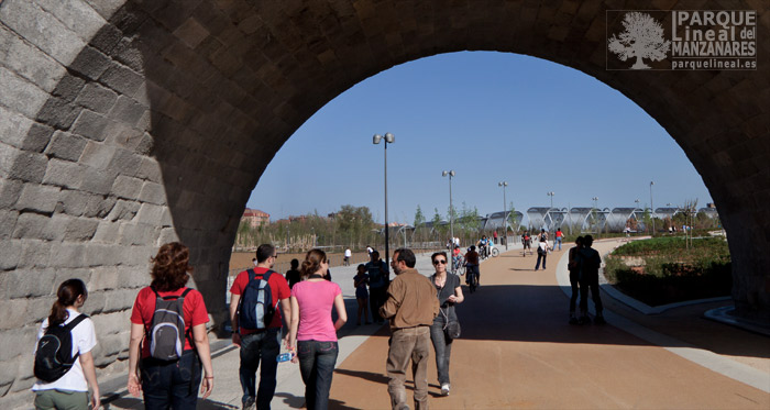 puente de segovia pasarela perrault