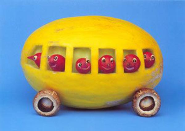 Food Art - Pumpkin Bus