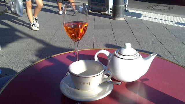 Kaffeehaus Einstein, Unter den Linden 42, 10117 Berlin, Germany