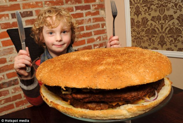 The Britain Biggest Burger Ever | Guinness World Records Smashed 2011