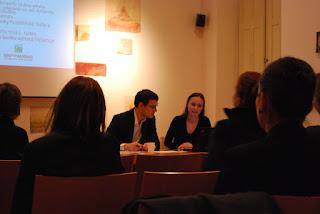 ... francouzské banky, jízdenky na MHD...