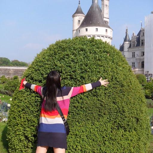 Gina Yang Photo 26
