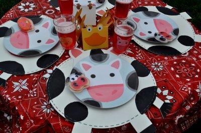 Kids Parties Farm Barnyard Party Ideas Design Dazzle