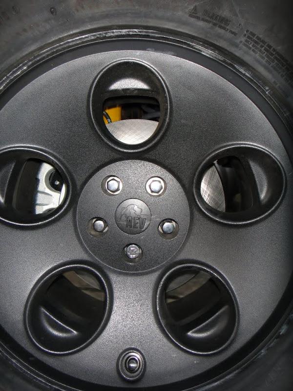 AEV Big Brake Kit DSC01328
