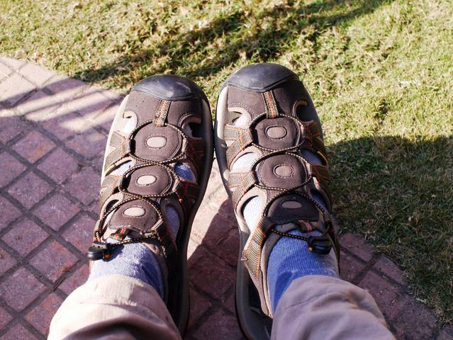 達人帶路-環遊世界-尼泊爾-keen護趾涼鞋