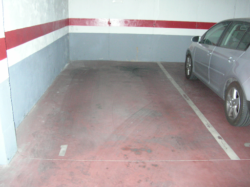 OFICINA 98 m2 + GARAJE 33 m2 POLIGONO PISA, orientación  - Foto 2