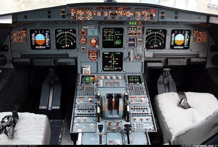 В кабине самолета Airbas A320
