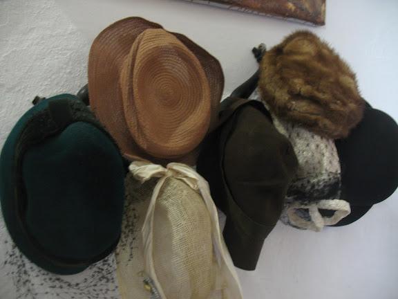 Sombreros en el Museo veneciano de Naxos