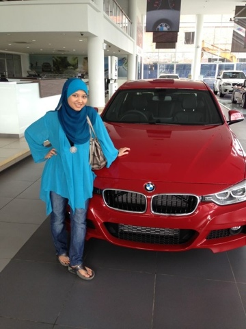 Norhafizah Test drive BMW F30 at Ingress Auto