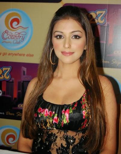 Aarti Chhabria Photos