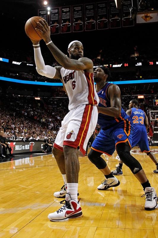 best website 32ec8 40315 King James Debuts New Nike LeBron 9 8220Miami Heat8221 Home PE .