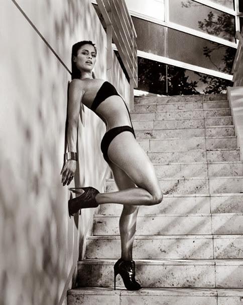 Paula Patton, hot