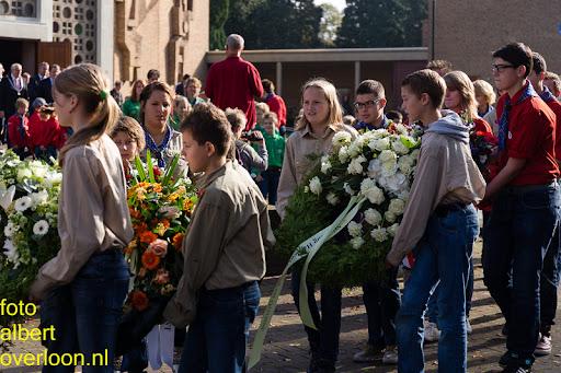 herdenkingsdienst  en een stille tocht naar het Engelse kerkhof 12-10-2014 (47).jpg