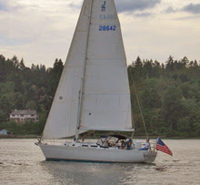 J/42 sailing fast in cruising mode off Portland, Oregon