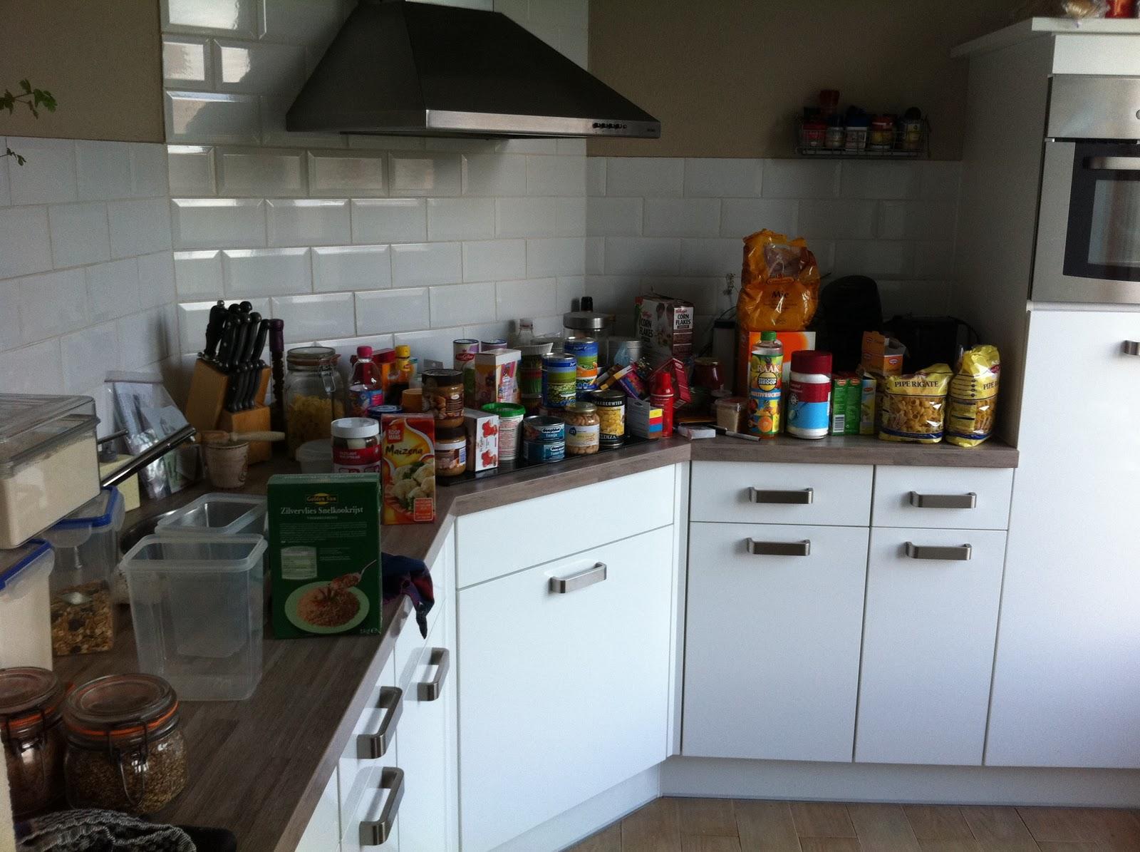 Donkere Keuken Lichter Maken : De schade…Volgens zoonlief was ik 'toep' aan het maken