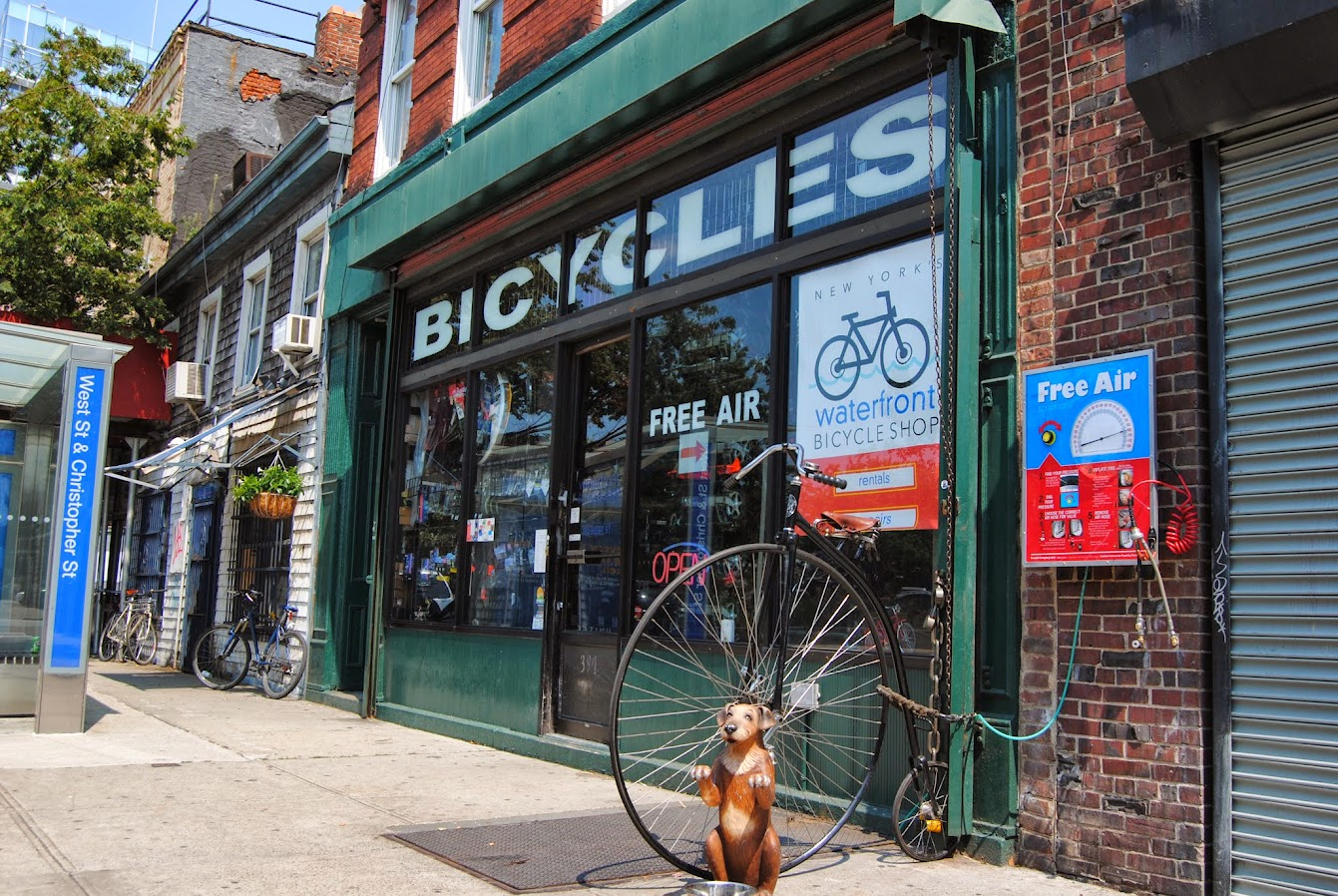 New York's Waterfront Bike Shop Storefront