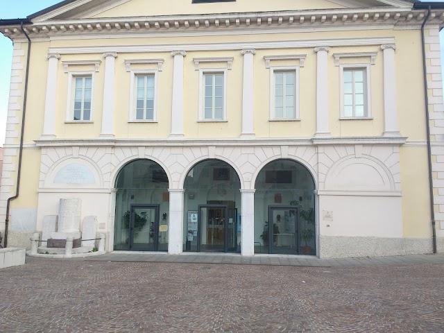 Biblioteca Comunale Giovanni Treccani degli Alfieri