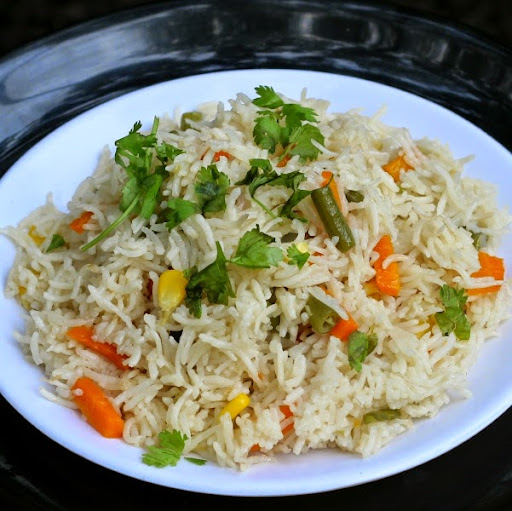 Microwave Vegetable Pulao Recipe | Quick Vegetarian Pilaf | Written by Kavitha Ramaswamy of www.Foodomania.com