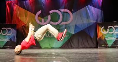 Fik-Shun em momento de dança espectacular no World Of Dance Las Vegas 2014