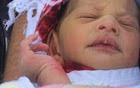 Mẹ vứt con mới sinh xuống cống bị buộc tội giết người
