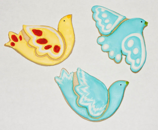 spring red blue yellow birds canary bluebird sugar cookie royal icing frosting