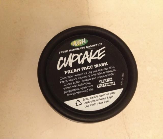 LUSH Fresh Face Mask Cupcake   Review
